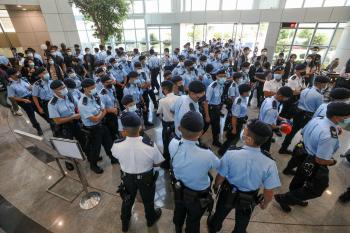 Fundador Jimmy Lai foi preso e acusado de parceria com forças estrangeiras para colocar em risco a segurança nacional