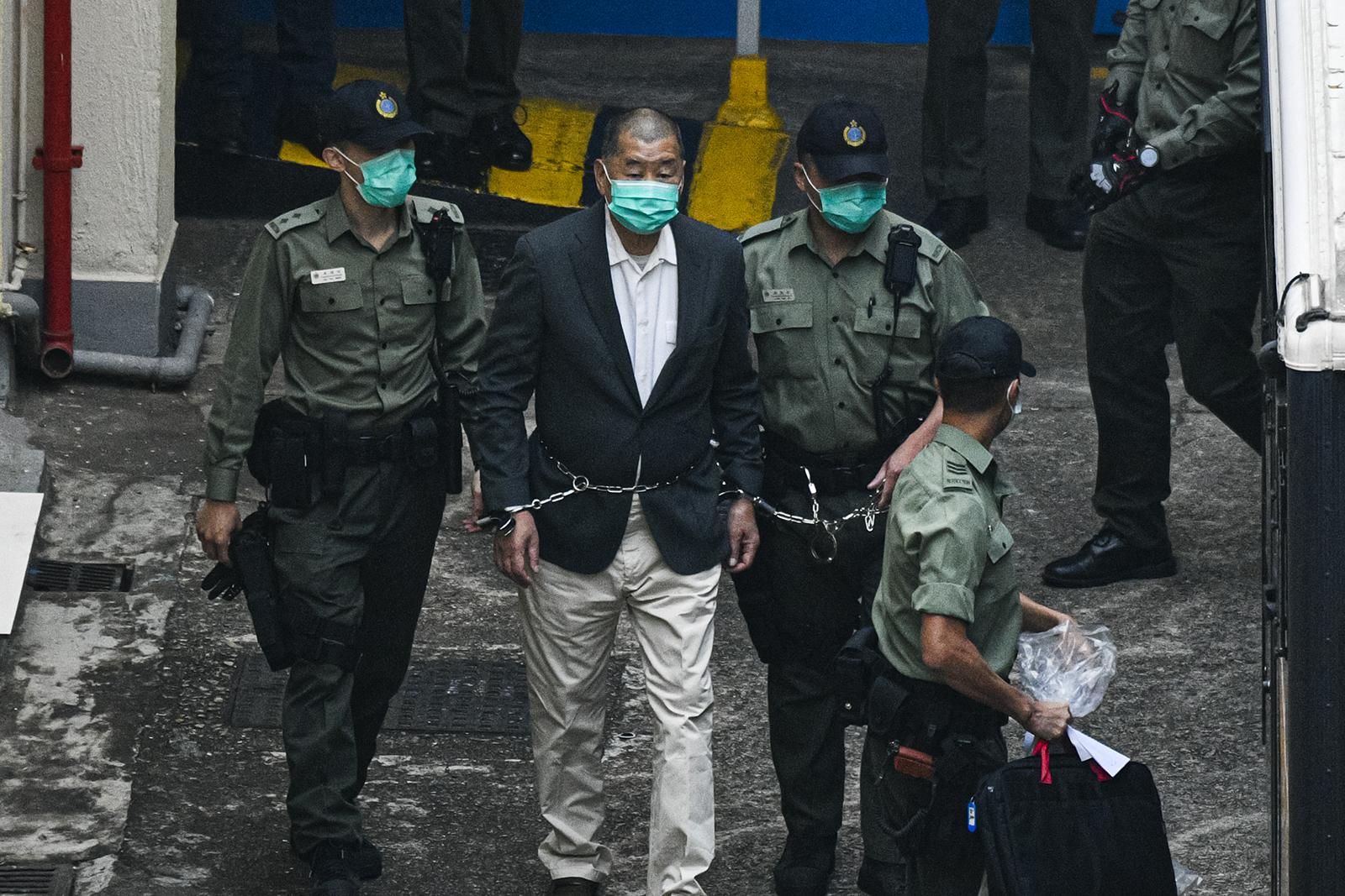 Jimmy Lai, fundados do jornal, foi preso em ações anteriores ao fechamento defin