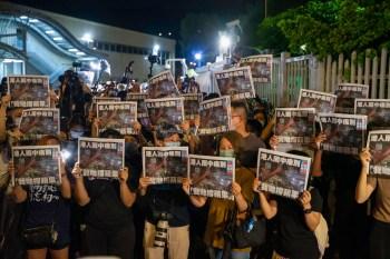 Jornal pró-democracia fechou após a imposição de uma lei de segurança nacional no ano passado