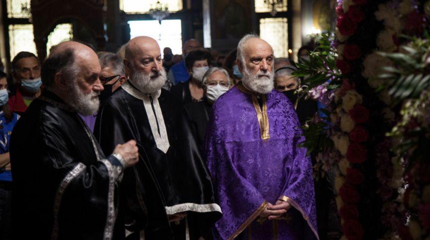 Cerimônia na Igreja de São Pantaleão de Acharnai, em Atenas, na Grécia