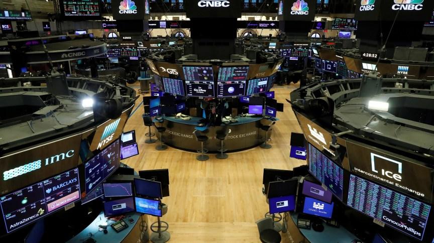 Bolsa de Nova York: pregão terá uso obrigatório de máscaras, regras de distanciamento e cerca de 25% das pessoas