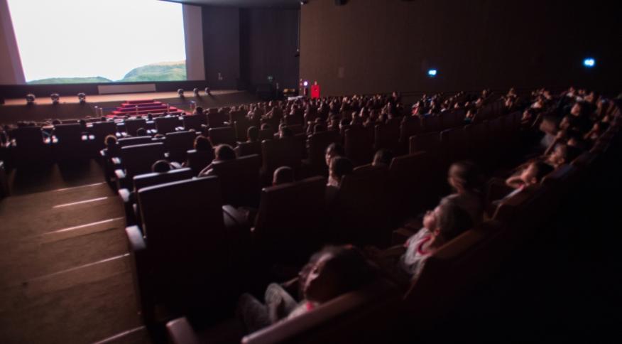 Governo chinês autorizou que salas de cinema em regiões de 'baixo risco' para o novo coronavírus voltem a funcionar com 30% da sua capacidade