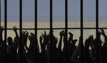 Relatório com informações prestadas por 1,2 mil presos mostra, em média, ao menos duas agressões por dia no estado