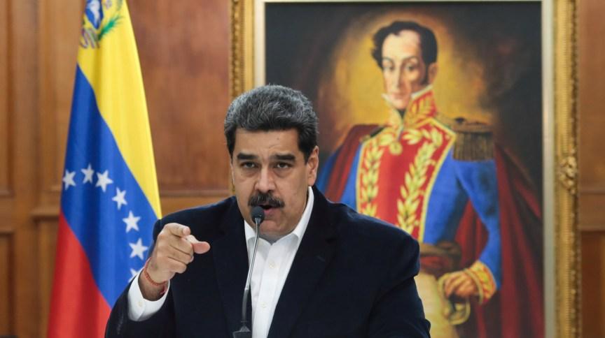 Nicolás Maduro fala em evento no palácio do governo, em Caracas