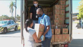 Ação ajudou 300 famílias vizinhas ao aeroporto com mais de cinco toneladas em cestas básicas e itens de higiene pessoal