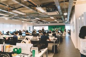 A companhia, que tenta concluir a compra da produtora de software para o varejo Linx, registrou crescimento de 40,9% na base de clientes ativos
