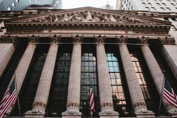 IVVB e SPXI funcionam como fundos que replicam as ações do S&P 500 e, no Brasil, foram impulsionados pela alta de mais de 40% do dólar