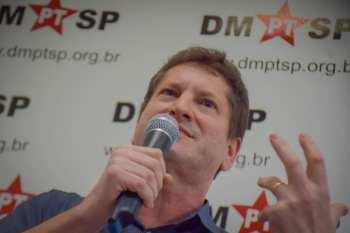 Ele foi escolhido após superar Alexandre Padilha na votação municipal do partido
