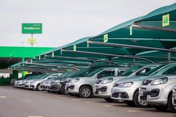 Associação Brasileira das Locadoras de Automóveis diz que número representa 80% da frota disponível para uso de aplicativos