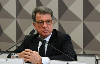 A analista de política Renata Agostini fala sobre a investigação do vazamento de uma operação da PF do Rio para o senador Flávio Bolsonaro