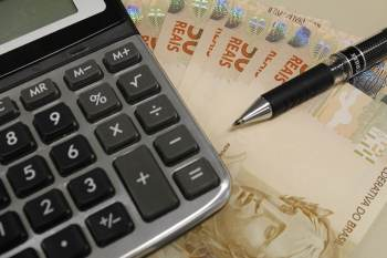 O intervalo de tempo, que considera o preparo, a declaração e o pagamento, é maior do que em qualquer outro país do mundo