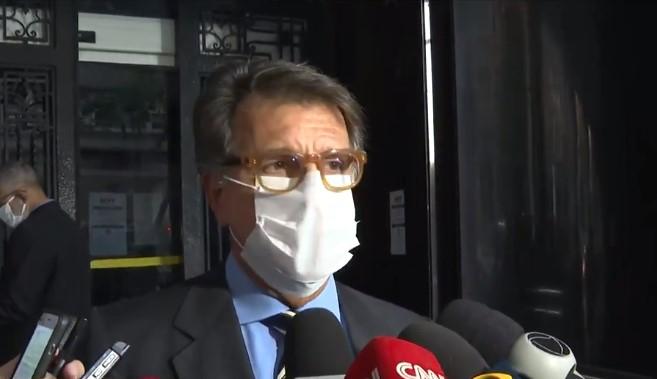 Paulo Marinho deixa prédio da Procuradoria-Geral no Rio de Janeiro