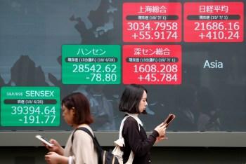 Nova lei de segurança nacional, que proíbe manifestações em Hong Kong, ajudou a piorar a relação entre os países