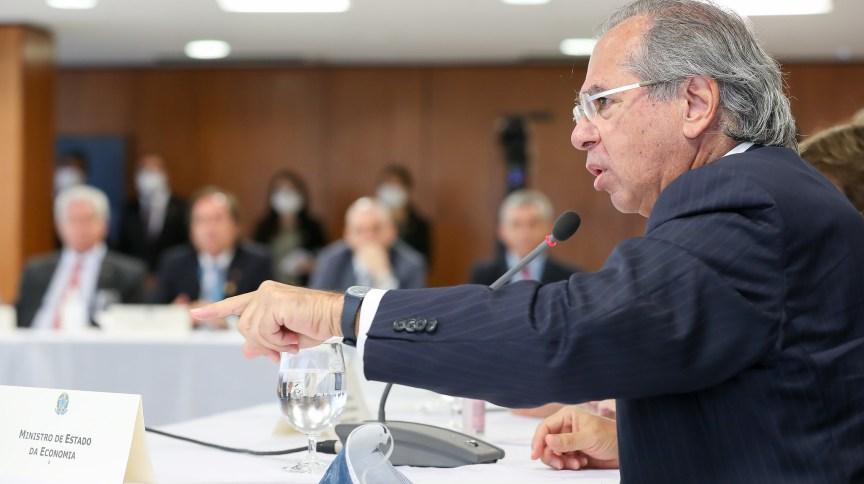 O ministro da Economia, Paulo Guedes, em reunião ministerial no Palácio do Planalto