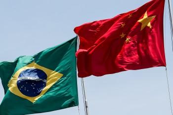 Além de comprar produtos brasileiros, a China tem tido um papel importante nos investimentos no país
