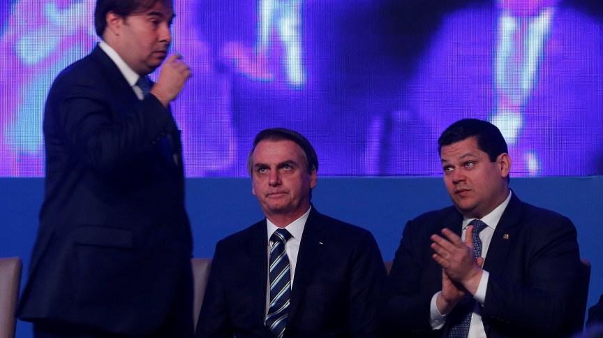 Maia, Bolsonaro e Alcolumbre participam de evento em Brasília (09.abr.2019)