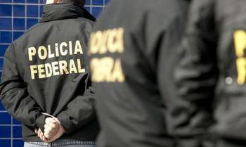 Controladora do município, seu operador e quatro empresários ligados ao esquema também foram presos; desvios superam R$ 43  milhões, segundo a PF