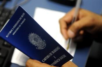 De acordo com o governo, os Estados com maior número de pedidos na primeira metade de setembro foram São Paulo, Minas Gerais e Rio de Janeiro