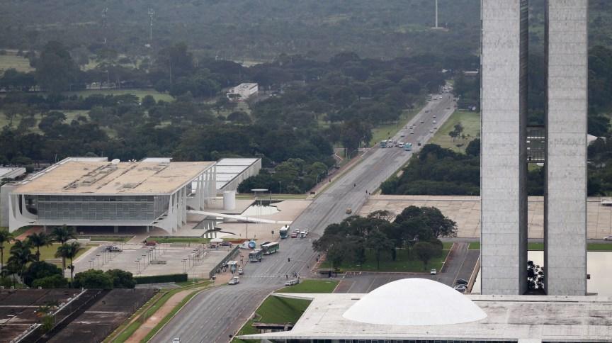 Palácio do Planalto e Congresso Nacional, em Brasília