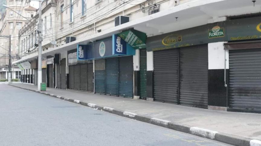 Comércio fechado em Santos (SP)