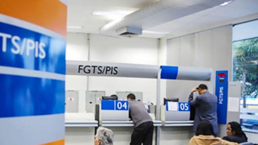 Saques do FGTS / PIS
