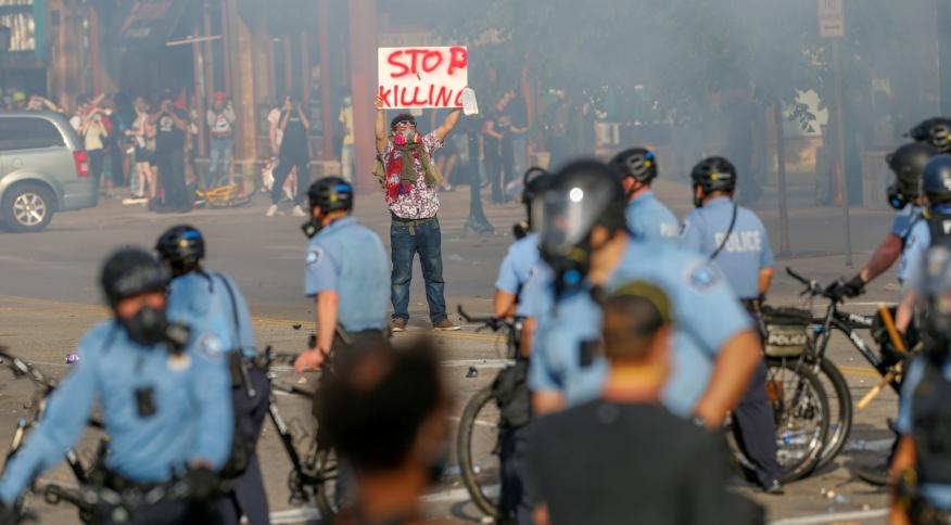 Protestos pela morte de George Floyd: especialistas ligam incidente ao aumento da violência
