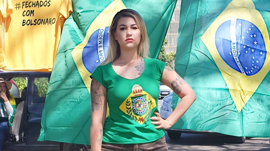 Ativista Sara Winter durante protesto em Brasília (DF)
