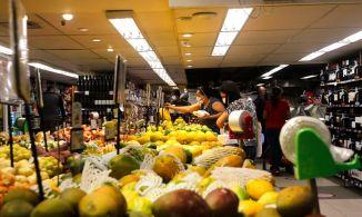 Dos 13 alimentos essenciais, 11 ficaram mais caros