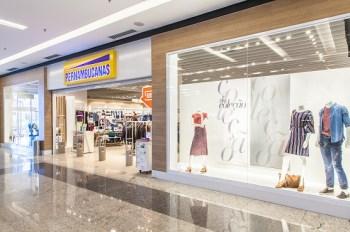 A meta da varejista centenária é encerrar o ano com 412 unidades no país, alta de 10%, e bater a marca de pelo menos 450 lojas em 2021