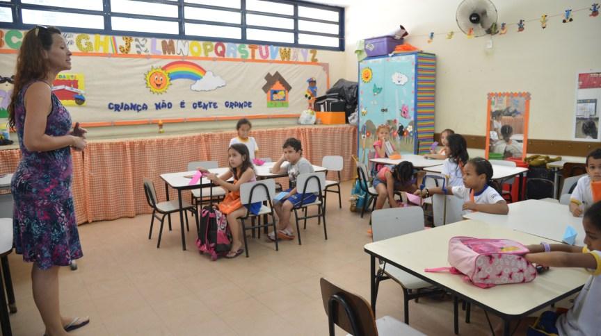 Medida já está em vigor e vale para instituições do ensino infantil, fundamental, médio, técnico ou profissionalizante e superior (incluindo pós-graduação)