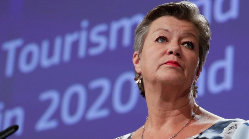 Comissária da União Europeia (UE) Ylva Johansson participa de coletiva na Bélgica (13.mai.2020)
