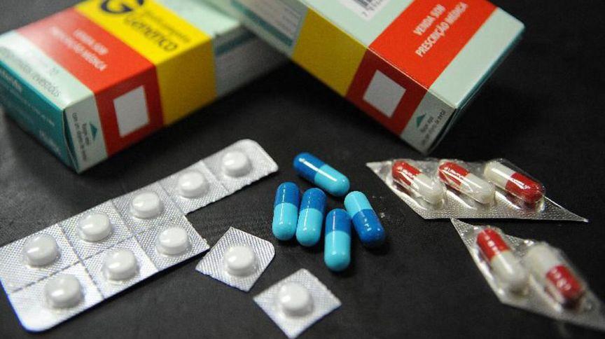 Comprimidos e caixas de remédio: rede de farmácias d1000 não tem um ano de estreia bom na B3