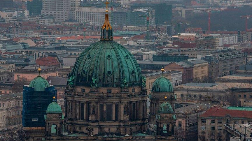 Alemanha está longe do fim da pandemia, segundo Merkel