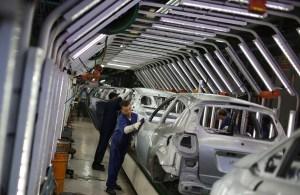 Falta dos semicondutores em veículos deve normalizar somente em 2022, diz especialista