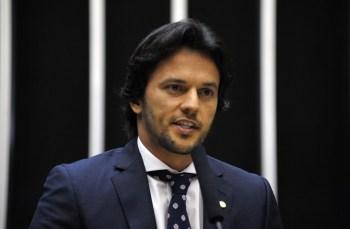 """Quem acompanhou a escolha do novo ministro das Comunicações diz que Fábio Faria foi uma """"indicação 100% pessoal"""" de Bolsonaro, sem interferência do PSD"""