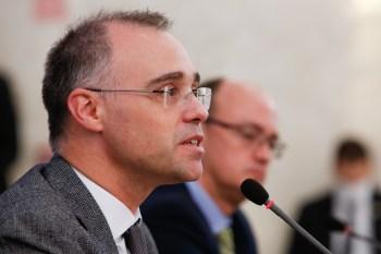 André Mendonça e Luiz Fux se reuniram no gabinete da presidência do STF, no intervalo do julgamento sobre as condenações de Lula