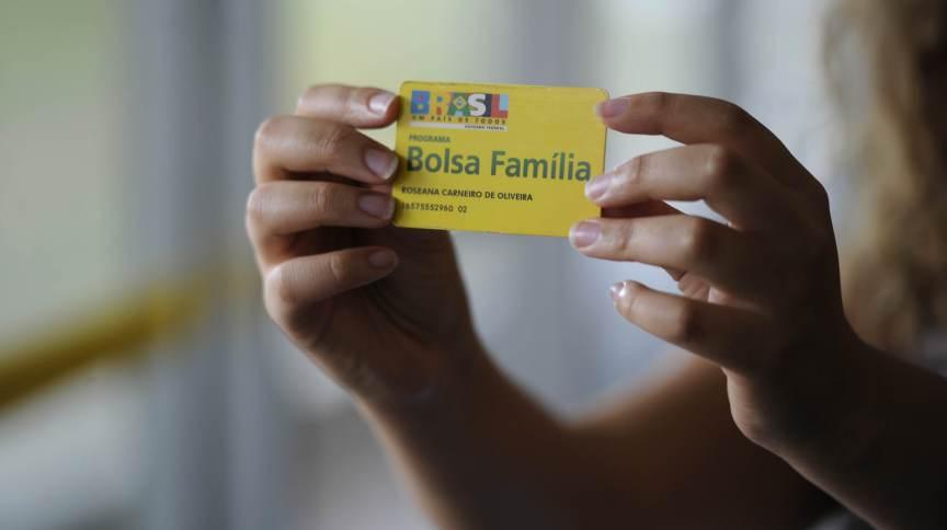 Cartão de benefícios do Bolsa Família (1.out.2014)