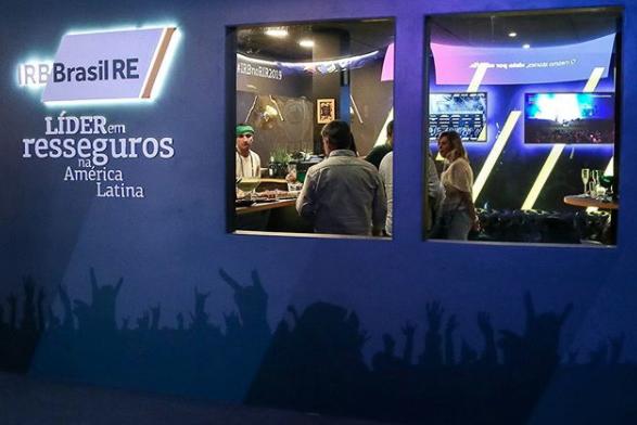 Estande da IRB em evento: empresa tem um dos piores desempenhos do Ibovespa em 2020