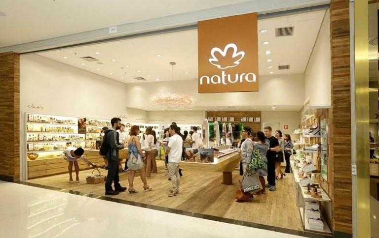 Fachada de loja da Natura: ações da empresa podem disparar em um ano, mas valorização depende do sucesso da integração da Avon