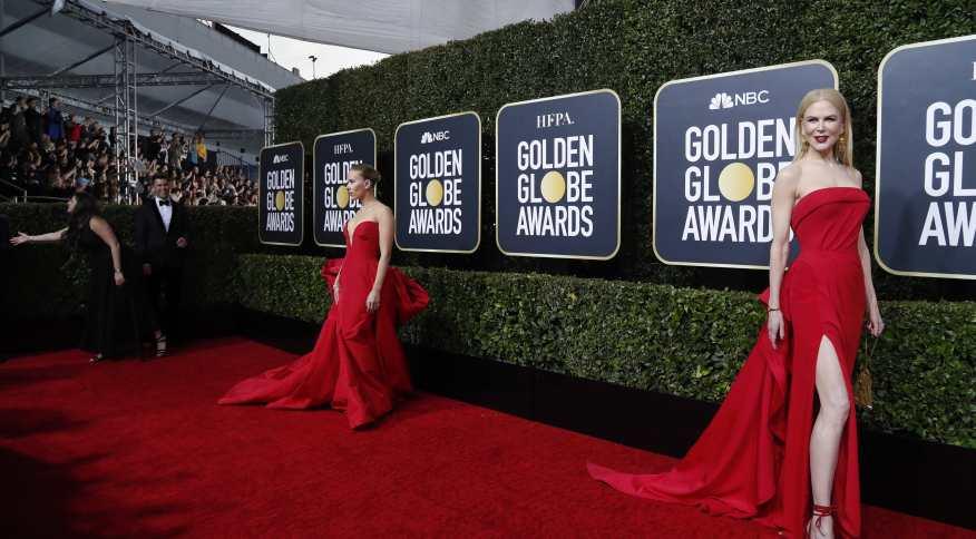 Atrizes Scarlett Johansson e Nicole Kidman no tapete vermelho do Globo de Ouro (05/01/2020)