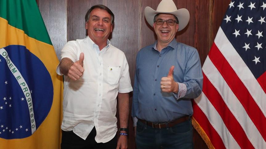 O presidente Jair Bolsonaro e o embaixador dos EUA no Brasil Todd Chapman