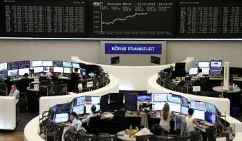 Em um esforço global coordenado para estabilizar os mercados financeiros, a Alemanha lançou um pacote de estímulos de até € 750 bilhões