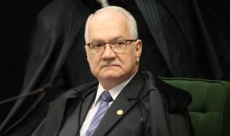 Em decisão monocrática, ministro Edson Fachin anulou as condenações do ex-presidente definidas pela 13ª Vara da Justiça Federal no Paraná