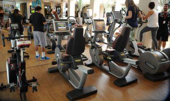 A perda de condicionamento físico difere para treinos cardiovasculares e de força em atletas e pessoas comuns