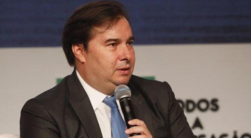 Rodrigo Maia, presidente da Câmara, em evento: o deputado afirma que equipe econômica do governo publicou MP diferente do que foi acordado com Parlamento (9.mar.2020)