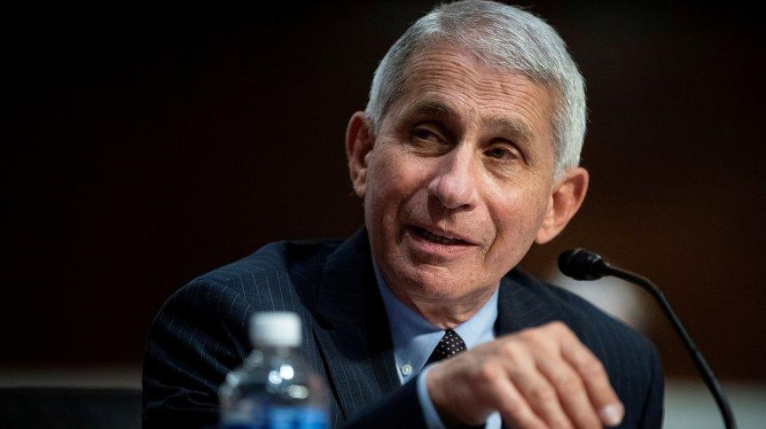 Anthony Fauci fala durante audiência no Senado dos EUA
