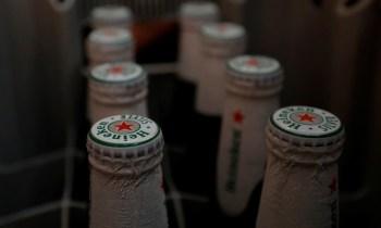 A Heineken estima que, no final de janeiro, menos de 30% dos outlets on trade (pubs, bares e restaurantes) estavam abertos na Europa, seu maior mercado