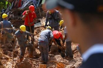 De acordo com os dados mais recentes da Defesa Civil paulista, 44 pessoas morreram e 34 estão desaparecidas