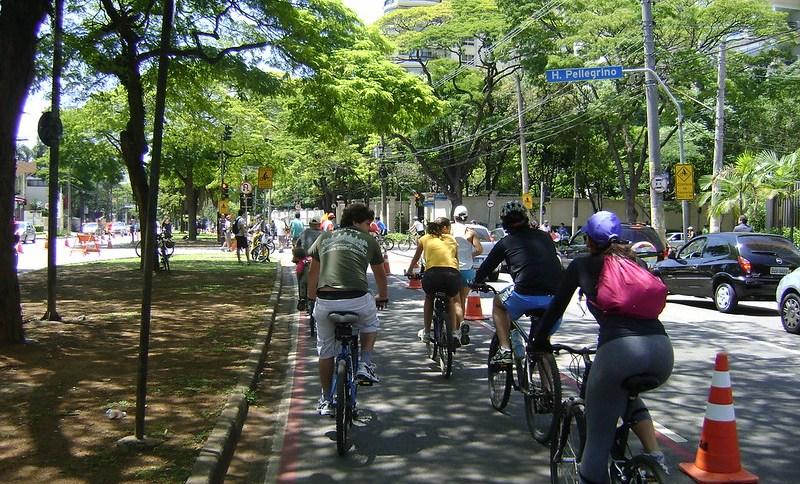 Ciclofaixa de lazer na cidade de São Paulo: reabertura depois de quase um ano