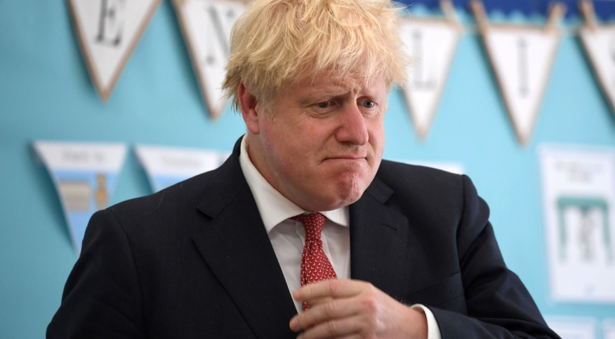 Primeiro-ministro britânico, Boris Johnson, durante visita a escola em Kent